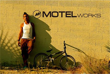 BMXライダー「田中光太郎」のプライベートブランド【MOTEL WORKS】がコレクティブストアでキックオフ!